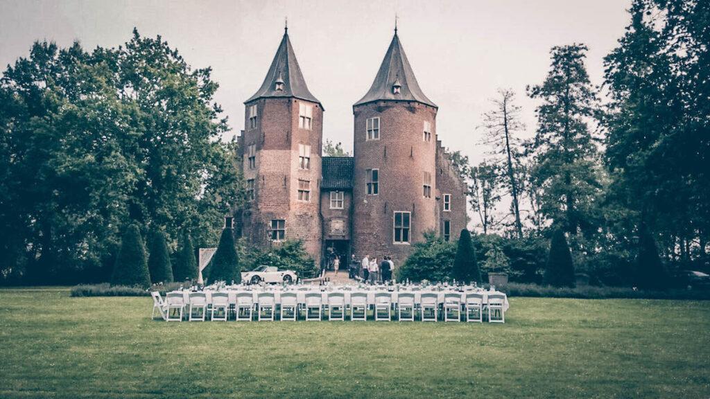 Kasteel-dussen-trouwen-in-een-kasteel